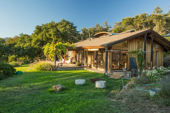 Big Sur Ecomodern Farmstead, huge ocean views.