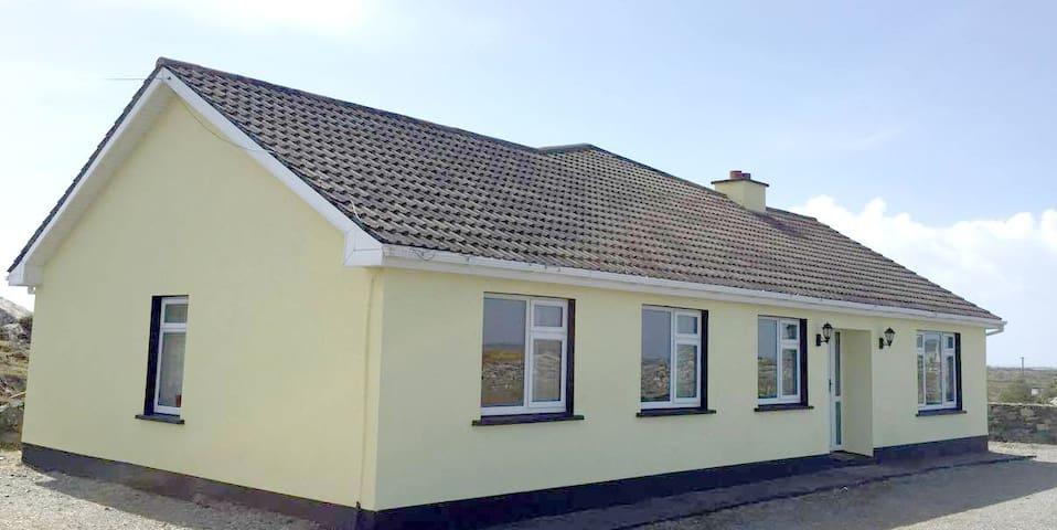 Wild Atlantic Lodge, Ballyconneely - Galway - Hus