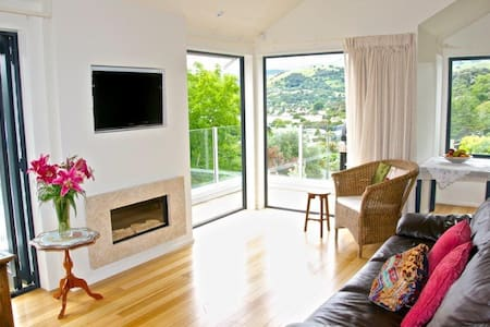 Gorgeous Views & Sun in Akaroa - Akaroa - Apartment