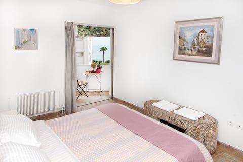 Athens Riviera-Floisvos beach-Sea-View Sweet Home!