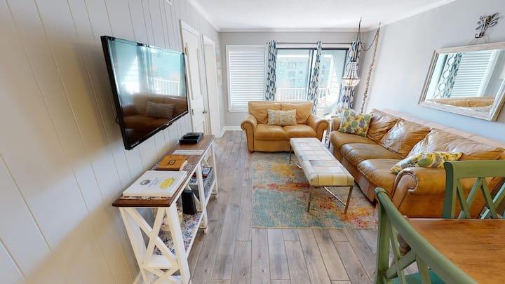 Beach, Indoor pool/spa, WIFI! HH Resort 1318
