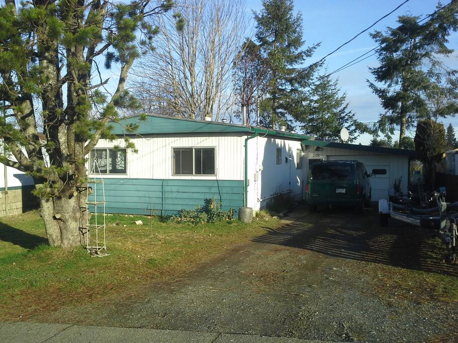 Mobile home on quiet no-through road. Ample parking