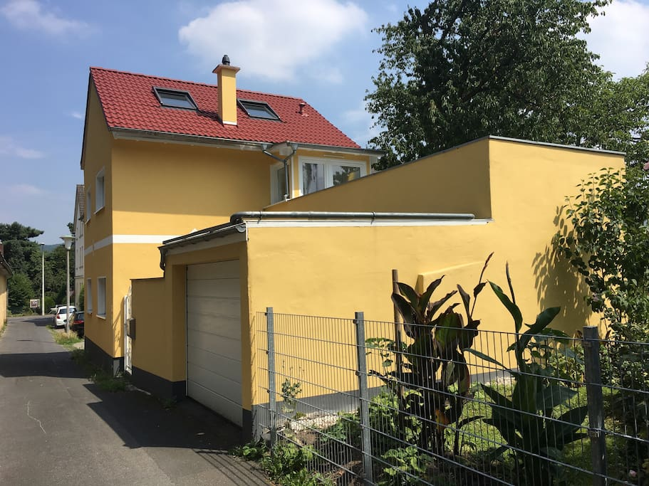 Own bath and close to uno daad and ministries maisons for Baden baden allemagne maison close