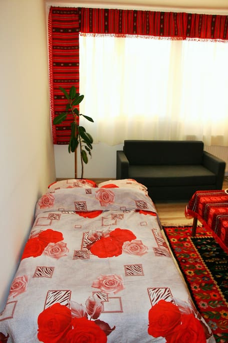 Traditional, cozy room, fits comfortably 2 persons