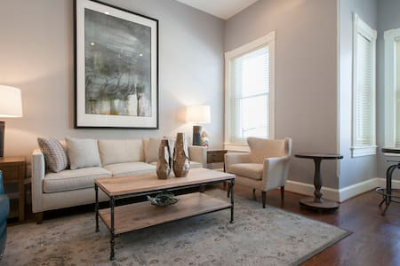 Foggy Bottom/Georgetown Apartment#3