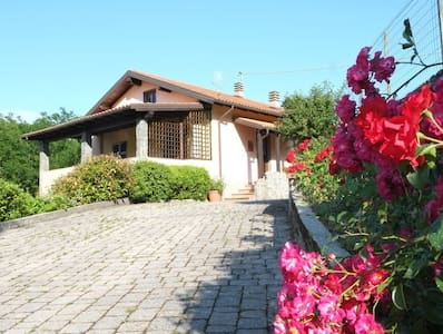 Country villa with pool near 5Terre - Quaratica