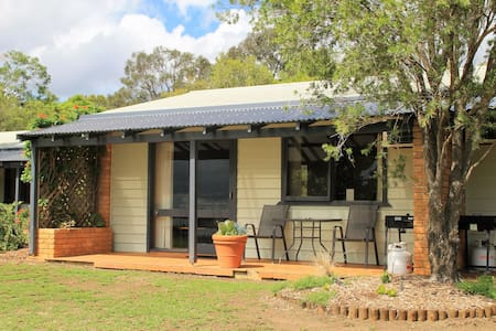 """Forrest Hills Ridge"" Twin  - Pokolbin Farm Stay"