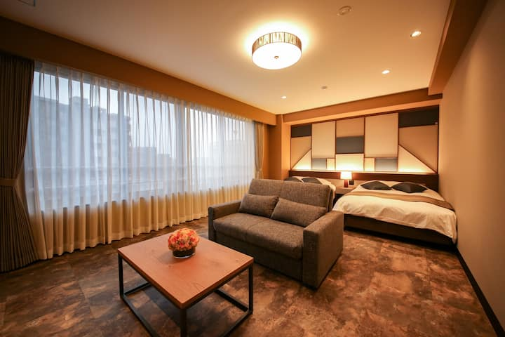 Luxury Apartment in Central Osaka