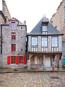La Maison Pavie chambre deluxe - Dinan - Bed & Breakfast