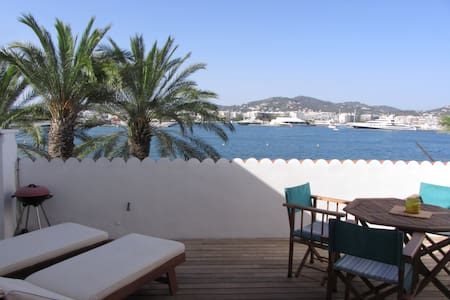 Studio Flat, Old Port Ibiza, Big Terrace w view - Eivissa