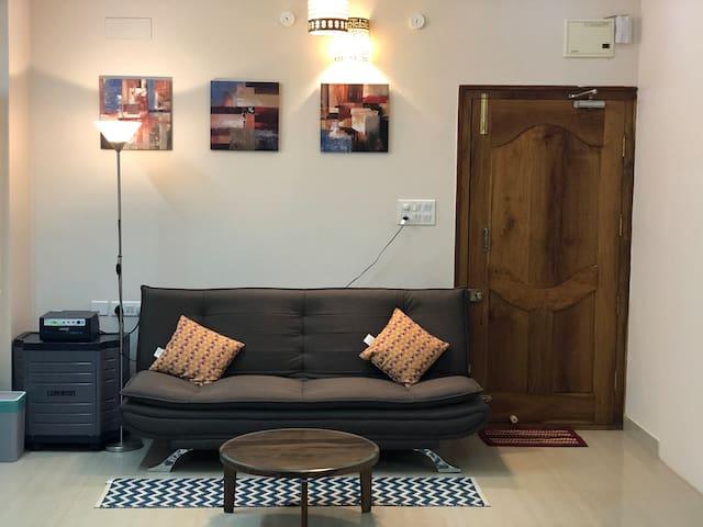 PrivateStudio/AC-WIFI-Private Kitchen Nr. Manyata!