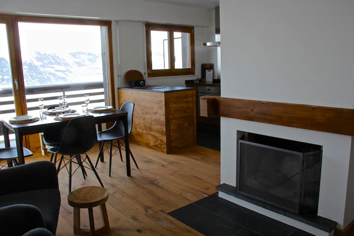 Renovated apartment, winter&summer! - Veysonnaz - Apartment