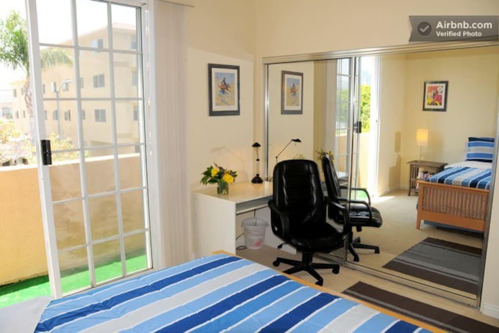 Private Balcony, Work Desk & Mirrored Closet