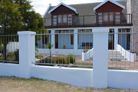 Hermanus Beach House - Sandbaai - 一軒家