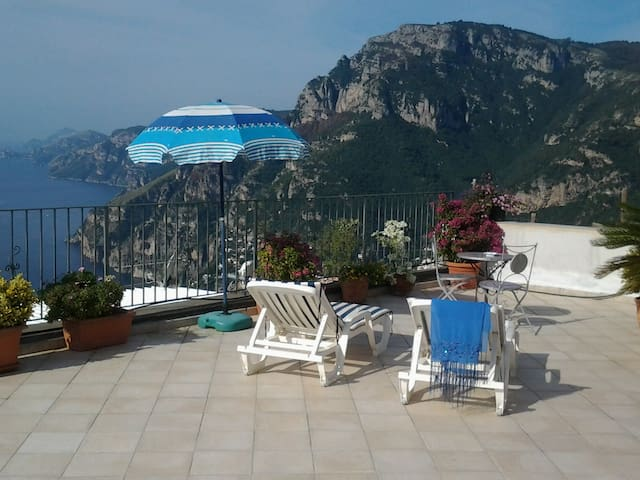 Loft Santa Croce on the hill of Positano  parking