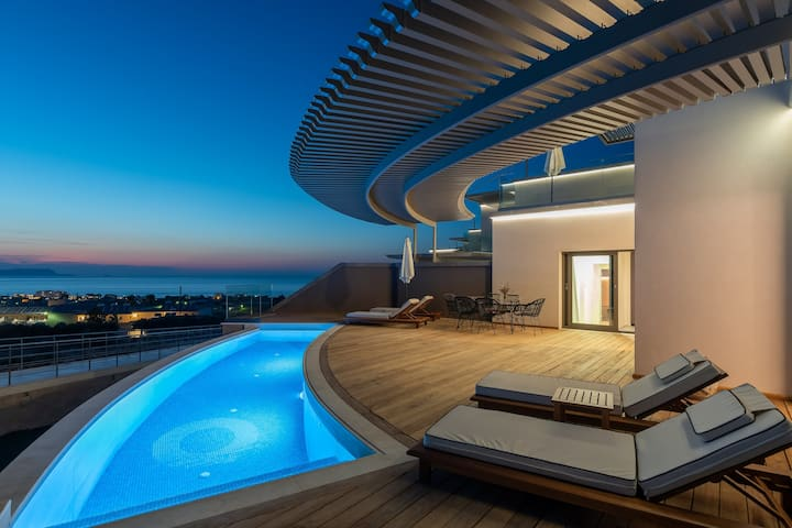 Bliss SeaView Villa with pool | Onira Suite Dreams