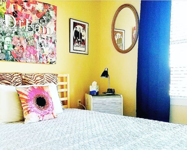 Private Bed & Bath @ Chill Pad Near Downtown ATL!