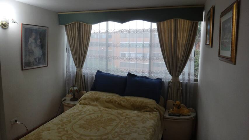 cozy and nice apartment double bed - Bogotá