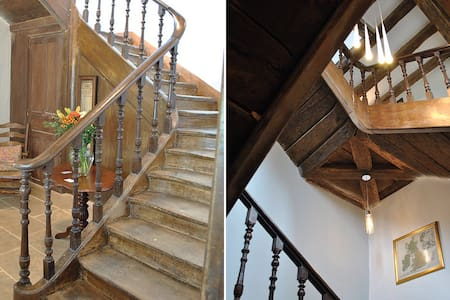 15th Century renovated Manoir - Le Bourg-d'Iré - Bed & Breakfast