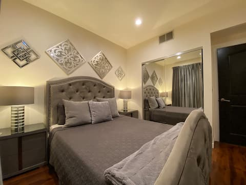 Modern Room w/ Private Bath & Reserved Parking