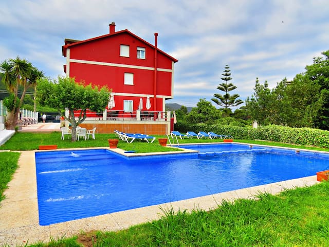 Piscina, jardín y barbacoa - Sanxenxo - Apartment