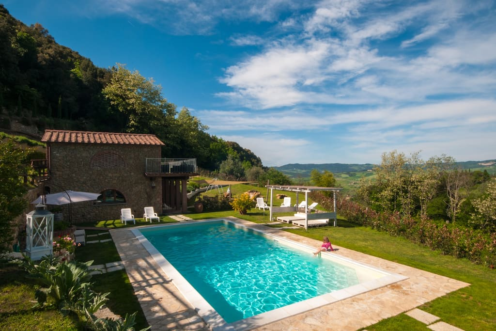 pool and Villa Colle