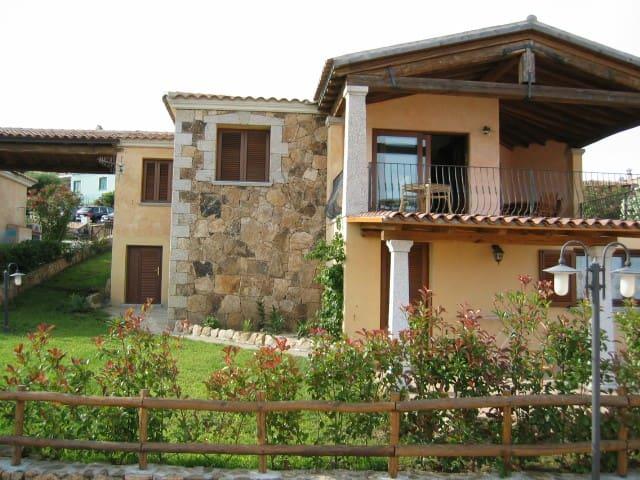 VILLA PIETRA ROSSA - BUDONI - TANAUNELLA - Villa