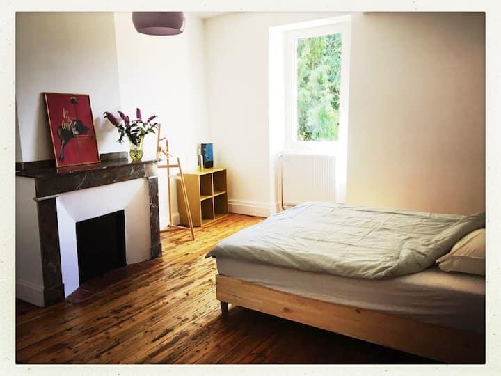 Chambre 2 lits simples, belle maison commingeoise