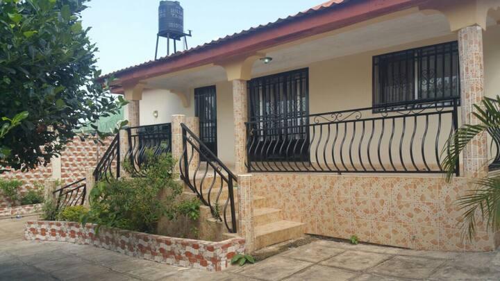 Belle maison à Kobaya