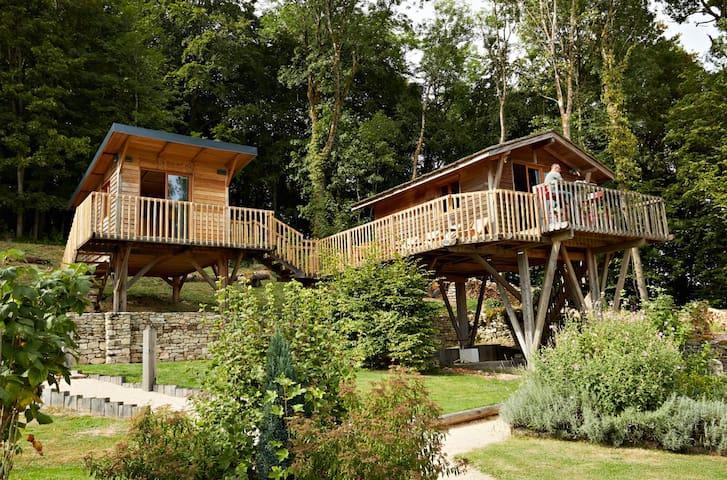 Deux cabanes sur pilotis idéales pour 5 personnes - Monthureux-le-Sec - 小屋