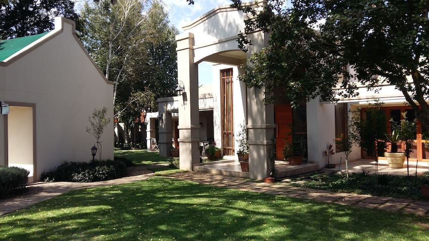 Amadeus Guesthouse