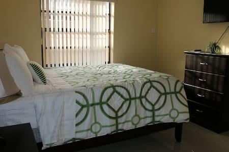 Private Room(3) - Miami