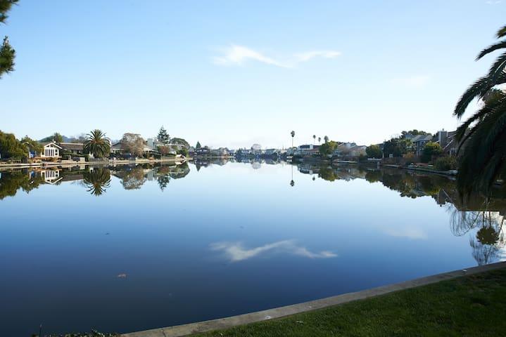 LAGOON Luxury - Swim-Spa. Jacuzzi, Kayaks, Bikes - 라크스퍼(Larkspur) - 단독주택
