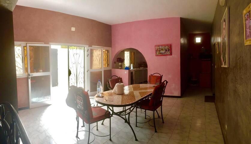 """""""Chez Rosalye"""" Maison confortable et conviviale"""