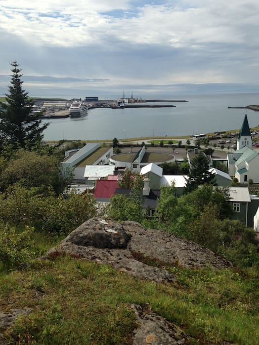 Located in the centre of Hafnarfjord, Reykjavik, Capital Region - only 10-15min from centre Reykjavik, only 20min from Keflavik International airport.