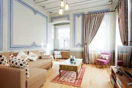 Historical Suite Della Suda @Taksim