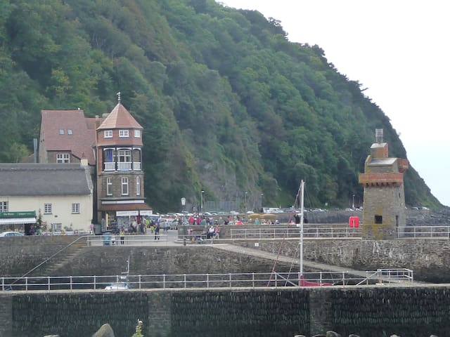 Harbour Point - Seafront property in Lynmouth - Devon - Hus