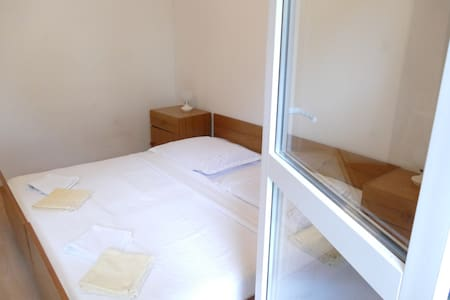 Studio apartment with balcony No. 1 - Mimice - 独立屋