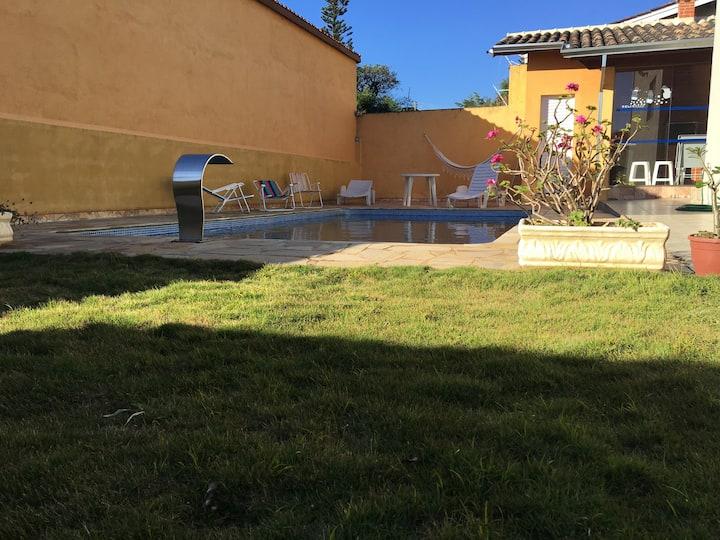 Casa de campo c/piscina e churrasqueira em Atibaia