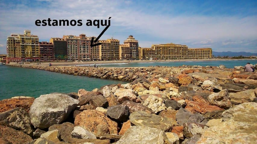 Beachfront apartment in Valencia, Port Saplaya. - Port Saplaya - Wohnung