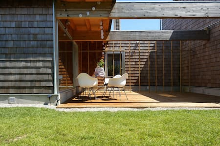 Family Surf House