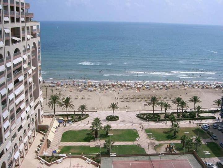 Primera línea de playa, vistas espectaculares