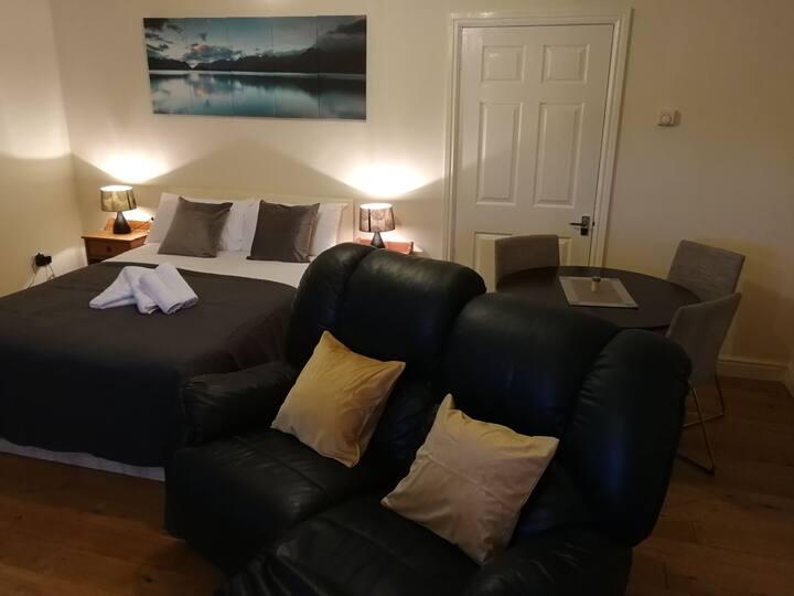 Comfy Apartment 3