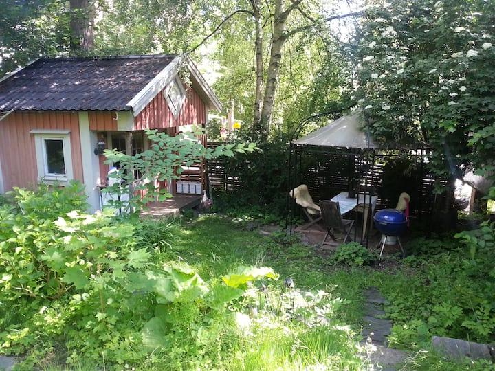 Gäststuga i centrum, 3 min promenad till Liseberg