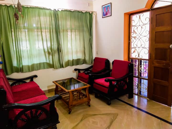 2 Bedroom Villa with Kitchen close to Ashvem Beach