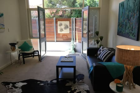 glenelg beach apartment - Glenelg South