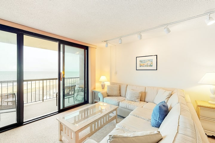 Sea Colony Ocean 7th floor condo w/ basketball court, pool, and elevator