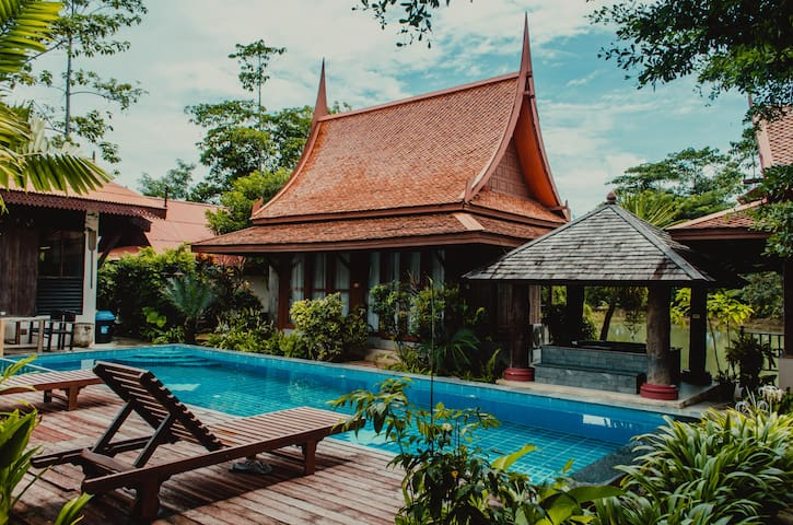 Waterfront Traditional Thai Style Pool Villa (V7)