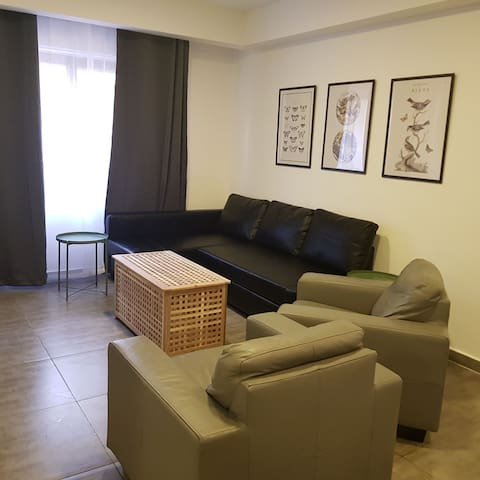 Stylish ,Cozy Apartment Near to Mecca Mall