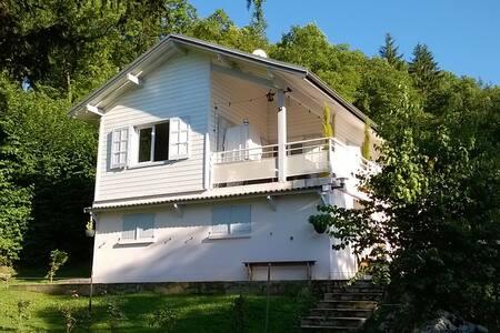 Chalet 136m2 proche du Lac d'Annecy - Doussard